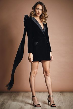 Elegant velvet jacket with cutout back
